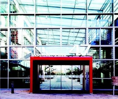 Eingangsbereich STOCK - PROVISIONSFREI - Lichtblick für Ihr Business!