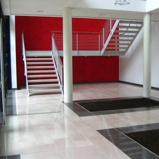 Foyer STOCK - Ismanings hochwertigstes Bürogebäude
