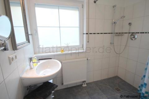 Bild 5 FLATHOPPER.de - Mitten im Grünen: 2-Zimmer-Wohnung mit Terrasse, Garten und Parkplatz in Bad Endorf