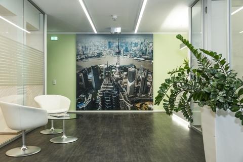 Flur STOCK - Büros für höchste Ansprüche