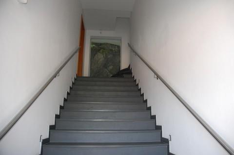 Haupteingang Besonderes Architektenhaus mit Baugrundstück