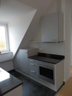 Küche Bild 1 Sonnige 1 ½ -Zi.-DG – Wohnung in Alt-Obermenzing