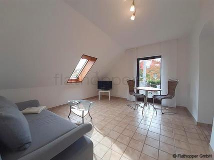Bild 1 FLATHOPPER.de - Ruhige 2-Zimmer-Wohnung mit Balkon in München - Schwabhausen