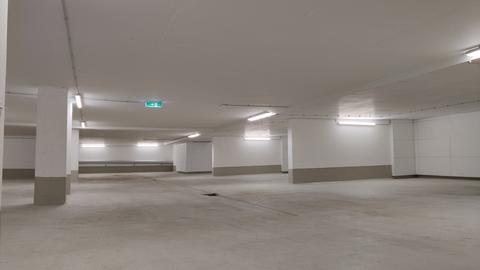 Tiefgarage Erstbezug: 1,5-Zi-Wohnung 1. OG, Balkon + Marken-Einbauküche!