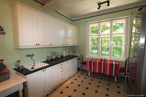 Einbauküche Absolute Rarität-Charmante denkmalgeschützte Villa in schöner Lage am Westufer des Starnberger Sees