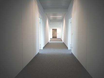 Flur STOCK - Moderne Büroeinheit mit praktischem Grundriss
