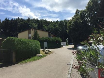 Bestand Wohnen am Wörthsee mit Seeblick, ca. 500 m² Grundstück mit Bestand