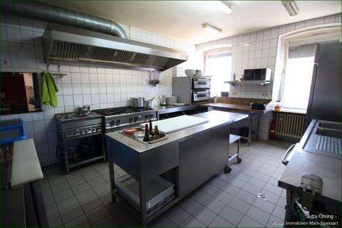 Küche Die Schöne und das Biest - diese Immobilie hat irgendwie beides!