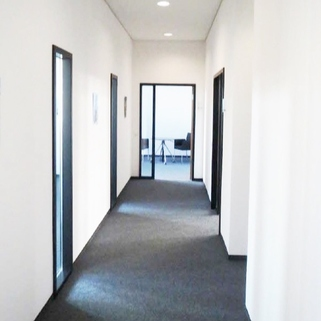 Innen2 Repräsentative Büros in chicem Neubau