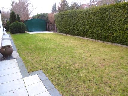 weitläufiger eigener Garten **Rarität in Waldtrudering**Stilvolle 4-Zi-Etagen-Whg. mit S/O-Balkon+West-Garten im 2-Familienhaus**