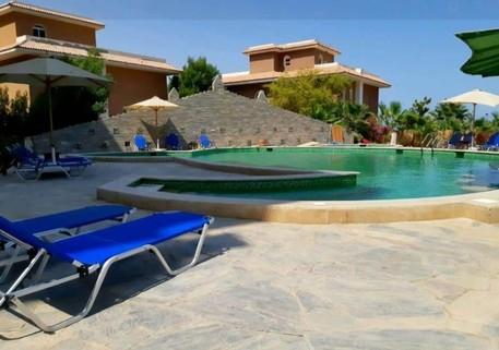 PET0030_mvc-001f.jpg Luxeriöse riesige Wohnung direkt am Strand Hurghada Ägypten