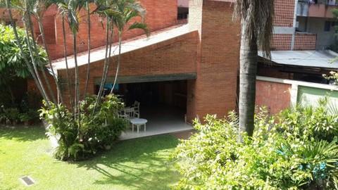 PPY0007_mvc-001f.jpg Ein bebautes Grundstück in Asunción