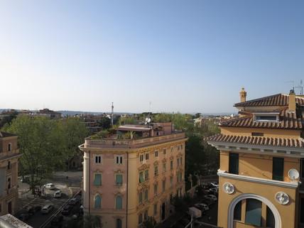 Ausblick Bestlage ROM: exklusive Altbauwohnung im herrschaftlichen Stil Nähe Villa Borghese zu verkaufen