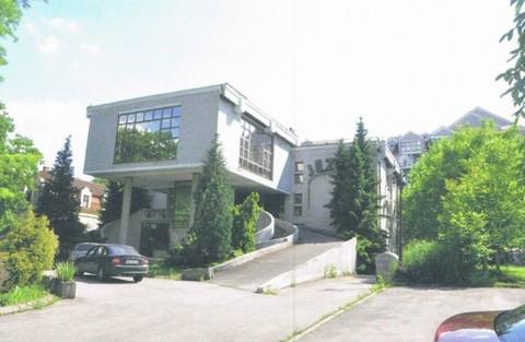 PYU0030_mvc-001f.jpg Büroflächen in Wohnungssiedlung
