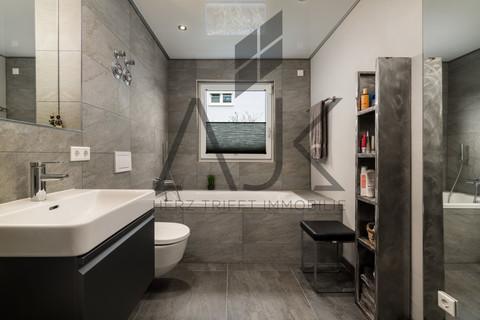 Luxusbaden Exklusive 3,5 Zimmer Gartenwohnung mit Souterain, Sauna und Privatgarten verkauft.