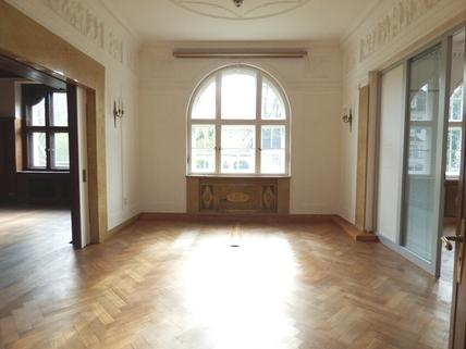 Büro STOCK - PROVISIONSFREI - Herrschaftliche Altbauvilla in Bestlage