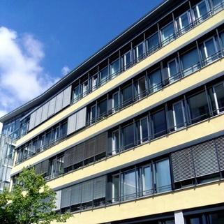 außen STOCK - Helle Büroflächen im Münchner Osten