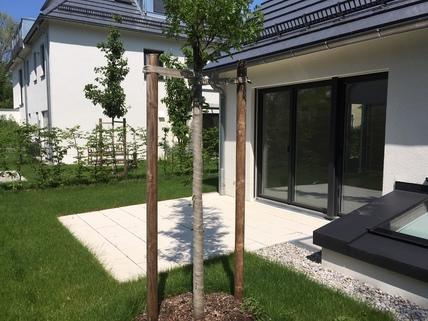 Terrasse Stadthaus mit eigenem Garten in ruhiger Lage