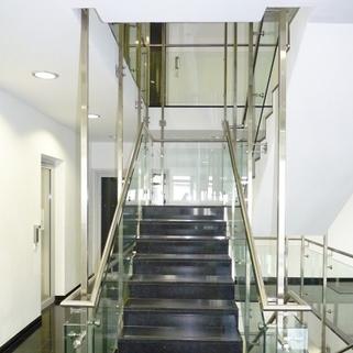 Treppenhaus Hell, stylisch und individuell