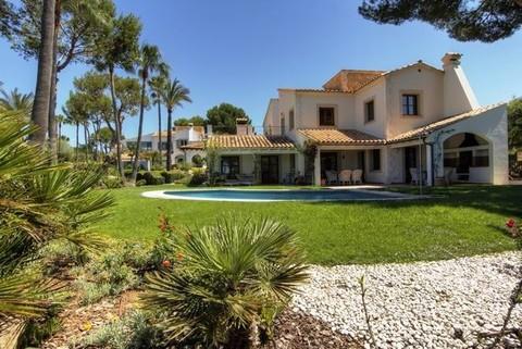 PE0681_mvc-001f.jpg 2 Luxusvillen in Santa Ponsa, Mallorca zu verkaufen