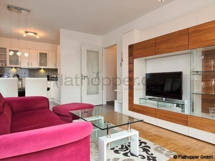 Bild 1 FLATHOPPER.de - Helle 2-Zimmer-Wohnung in Schwabing mit Balkon
