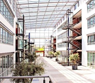 Eingangshalle STOCK - PROVISIONSFREI - Lichtblick für Ihr Business!