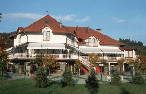 PSLO0011_mvc-001f.jpg Restaurant-Hotel Freizeitzentrum
