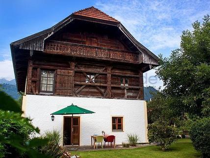 Bild 13 FLATHOPPER.de - Hochwertige 4-Zimmer-Wohnung im denkmalgeschützem Haus in Grassau bei Chiemsee