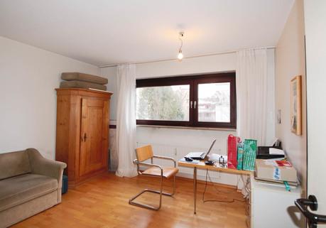 Büro Große Praxis (teilbar) in gepflegtem Zustand, frei zum Jahresende