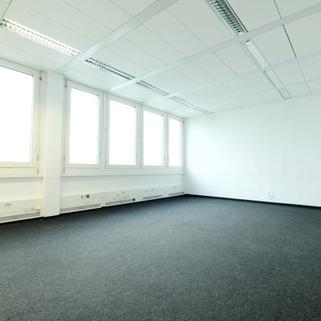 Innen4 Zwischen Bogenhausen und Messe Riem ... Günstige Büroräume