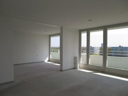 Wohnen Bogenhausen: schöne 5- Zimmer Wohnung mit super Fernsicht zu verkaufen