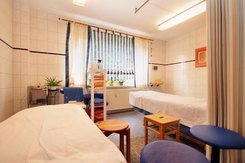 Kundenraum 3. Große Gewerbeeinheit mit attraktiver 218 m² Fläche in zentraler Rostocker Stadtlage.