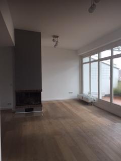 Kamin Glockenbachviertel: 3 Zimmer Dachterrassenwohnung mit Kamin zu vermieten