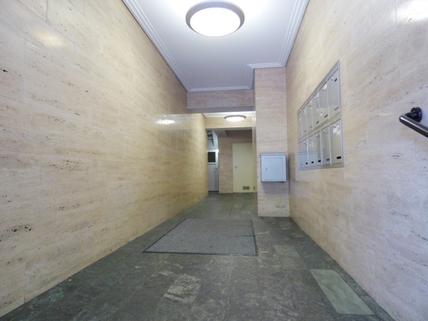 Eingangsbereich STOCK - Flexible Büro- und Praxisfläche nahe dem Rotkreuzplatz