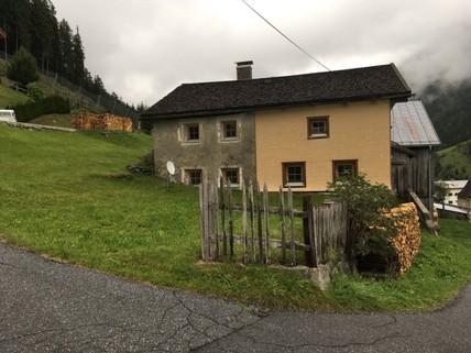 altes Bauernhaus Baurecht Grundstück mit Altbestand im beliebesten Schigebiet