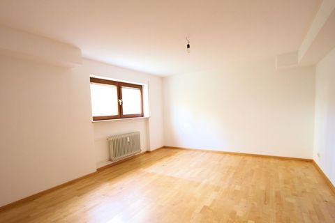 Zimmer Souterrain Ruhige 3-Zi.-Garten-Whg. mit hohem Wohnwert - 82131 Gauting