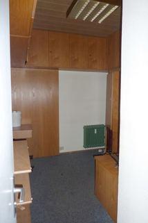 Obergeschoss - Büro oder Lager Büroräume/Laden in bester Lage in Regen zu vermieten